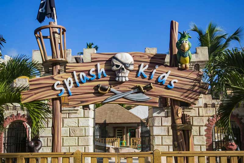 Splash Kids - Majestic Colonial - Arene Gorda Beach - Punta Cana, Dominican Republic
