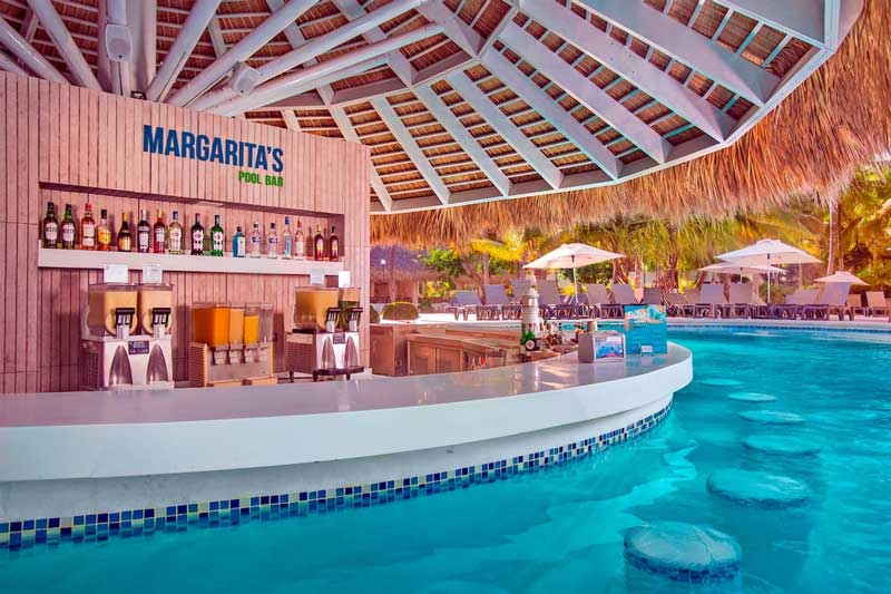 Swim up Bar - Catalonia Punta Cana - Cabeza del Toro Beach - Punta Cana, Dominican Republic